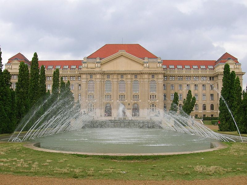 Debrecen – University of Debrecen