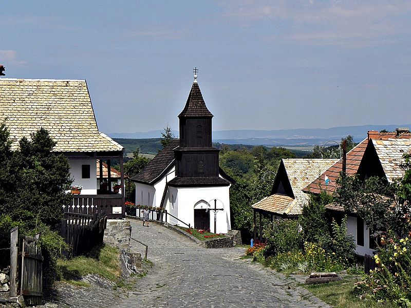 The old village of Hollókő